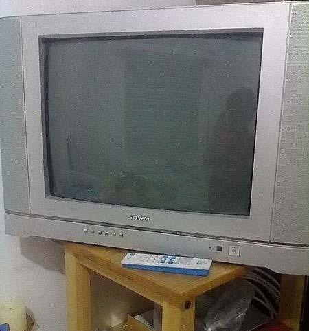 三洋牌21寸电视机9成新转让-crt普通电视-二手库